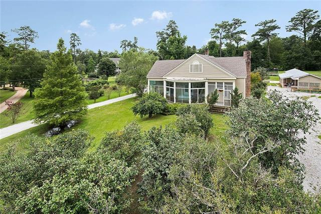 929 E 17TH Street, Covington, LA 70433 (MLS #2190329) :: Turner Real Estate Group