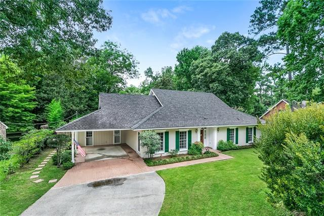 210 Scotchpine Drive, Mandeville, LA 70471 (MLS #2190586) :: The Sibley Group