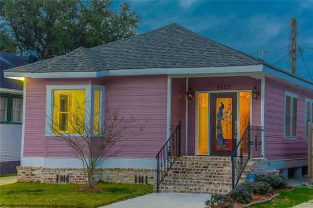 8525 Pritchard Place, New Orleans, LA 70118 (MLS #2190651) :: ZMD Realty
