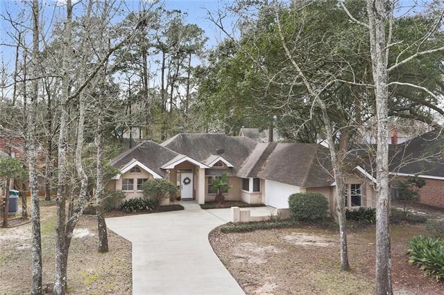3009 White Oak Lane, Mandeville, LA 70448 (MLS #2190959) :: Turner Real Estate Group