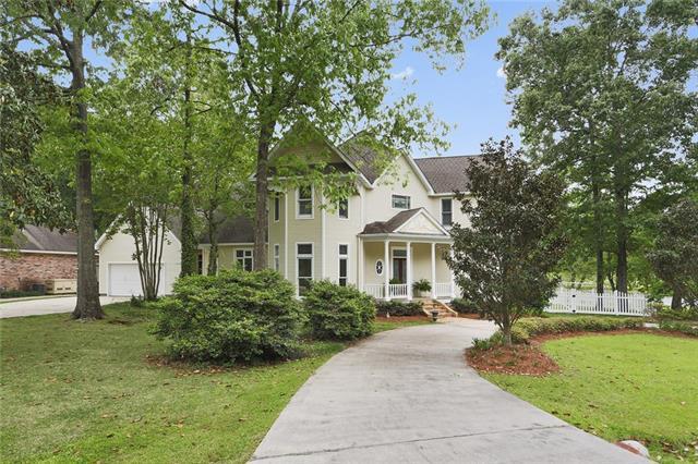 800 Tete L'ours Drive, Mandeville, LA 70471 (MLS #2190974) :: Turner Real Estate Group