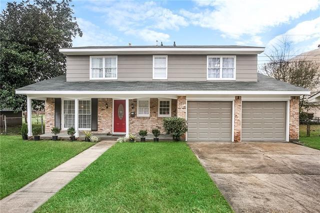 205 Brookmeade Drive, Gretna, LA 70056 (MLS #2191097) :: Crescent City Living LLC