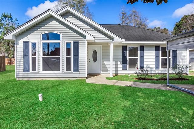 28609 E Phillip Street, Lacombe, LA 70445 (MLS #2191103) :: Crescent City Living LLC
