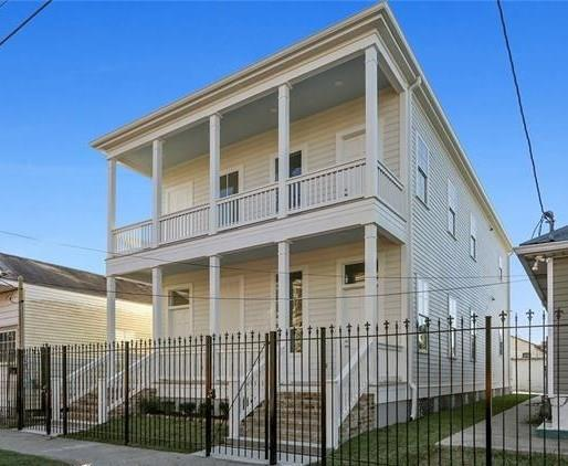 2328 Valence Street #2328, New Orleans, LA 70115 (MLS #2191153) :: Crescent City Living LLC