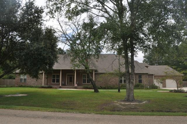 131 Rue Esplanade Street, Slidell, LA 70461 (MLS #2191183) :: Crescent City Living LLC