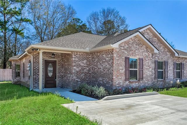 40046 Twin Creeks Drive A, Ponchatoula, LA 70454 (MLS #2191601) :: The Sibley Group