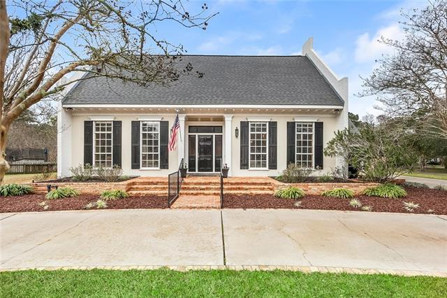 2 Laurelwood Drive, Covington, LA 70433 (MLS #2191623) :: Parkway Realty