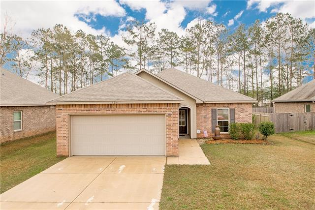 104 Meadow Spring Place, Covington, LA 70435 (MLS #2191898) :: The Sibley Group