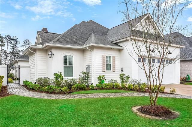 112 Garden Walk Drive, Covington, LA 70433 (MLS #2191944) :: Crescent City Living LLC