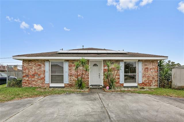 2321 Artillery Drive, Chalmette, LA 70043 (MLS #2191991) :: Inhab Real Estate