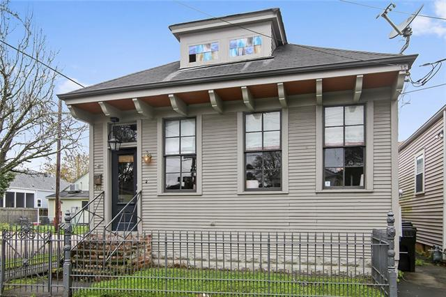 300 Lowerline Street, New Orleans, LA 70118 (MLS #2192158) :: Inhab Real Estate