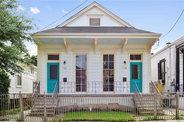 726 Josephine Street, New Orleans, LA 70130 (MLS #2192225) :: Crescent City Living LLC