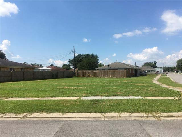7500 Mercury Drive, Violet, LA 70092 (MLS #2192231) :: Crescent City Living LLC