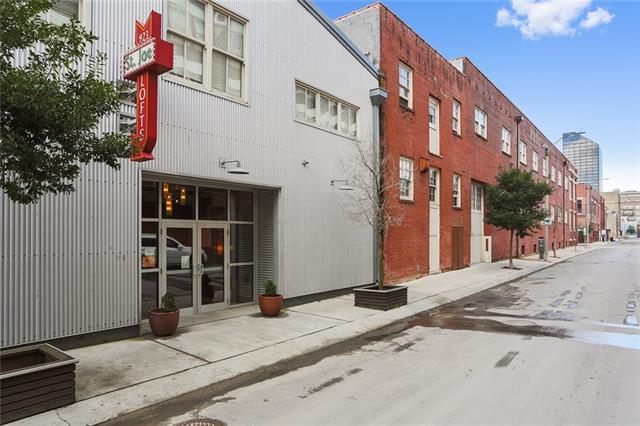 923 Constance Street #102, New Orleans, LA 70130 (MLS #2192258) :: Crescent City Living LLC