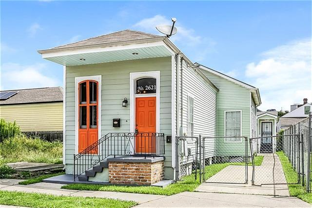 2621 First Street, New Orleans, LA 70113 (MLS #2192400) :: ZMD Realty
