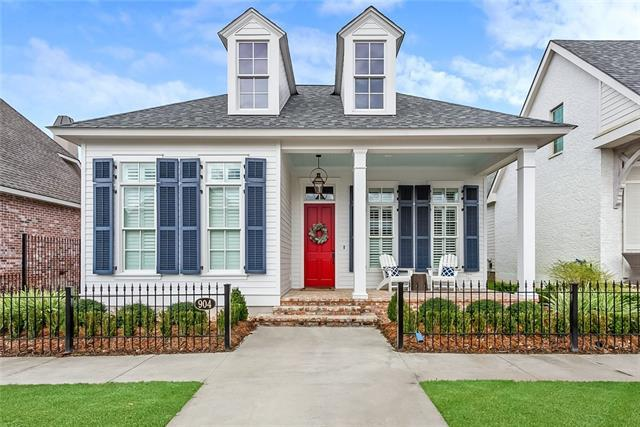 904 Beauregard Parkway, Covington, LA 70433 (MLS #2192596) :: Watermark Realty LLC