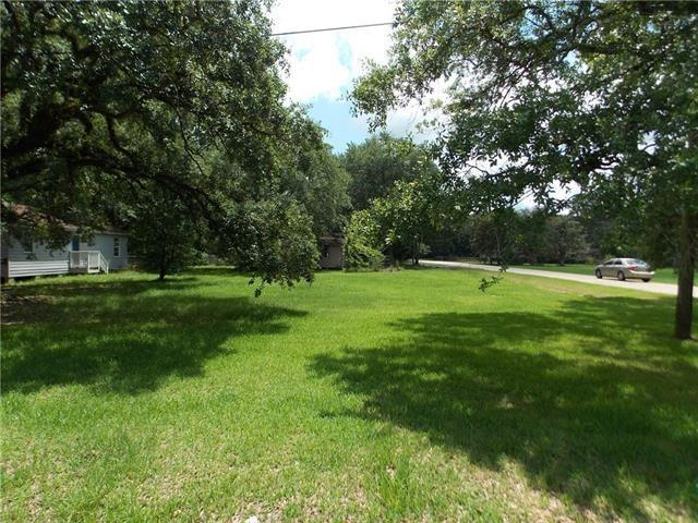 S 2ND Street, Ponchatoula, LA 70454 (MLS #2192630) :: The Sibley Group