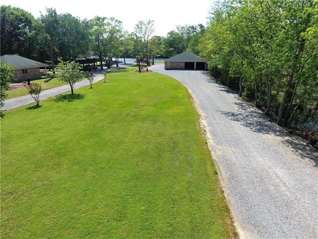 68249 Taulla Drive, Covington, LA 70433 (MLS #2193084) :: Inhab Real Estate
