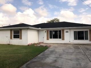 493 Mimosa Drive, Westwego, LA 70094 (MLS #2193443) :: Crescent City Living LLC