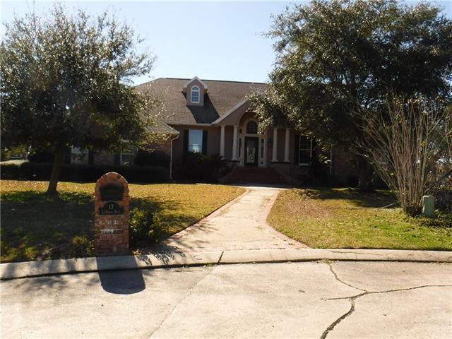 17 La Quinta Drive, Slidell, LA 70458 (MLS #2193594) :: Inhab Real Estate