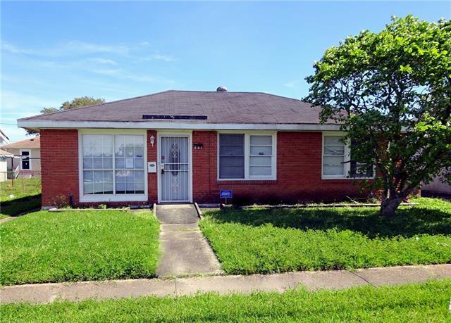 521 Saint Ann Street, Marrero, LA 70072 (MLS #2193596) :: Inhab Real Estate