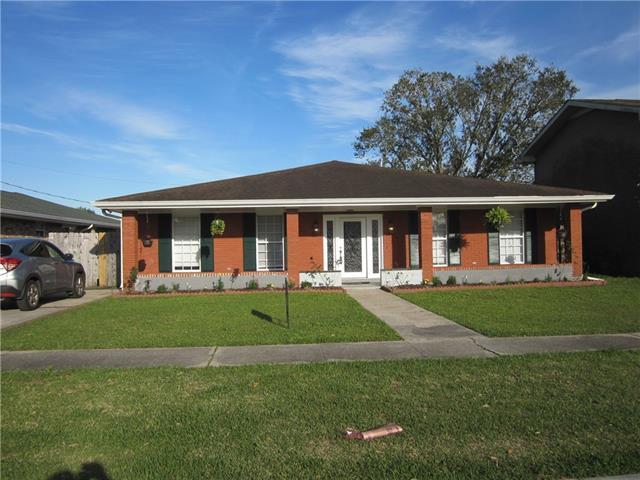 2251 S Von Braun Court, Harvey, LA 70058 (MLS #2193789) :: Inhab Real Estate