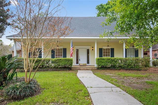 211 Evangeline Drive, Mandeville, LA 70471 (MLS #2193870) :: Turner Real Estate Group