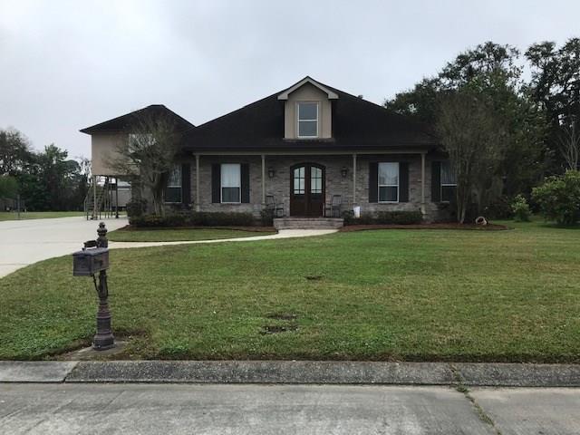210 Josie Court, Belle Chasse, LA 70037 (MLS #2194411) :: Parkway Realty