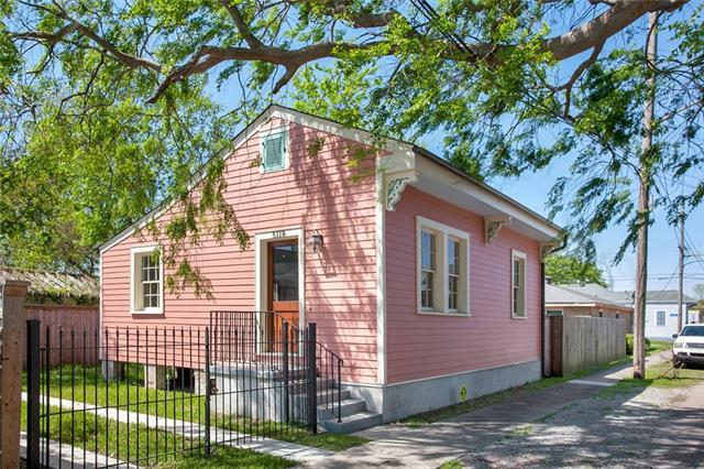 5118 N Rampart Street, New Orleans, LA 70117 (MLS #2194469) :: Crescent City Living LLC