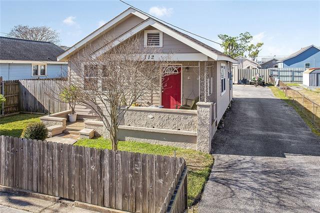 712 Estalote Avenue, Harvey, LA 70058 (MLS #2194695) :: Turner Real Estate Group