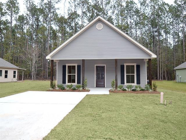 72660 6TH Street, Abita Springs, LA 70420 (MLS #2194904) :: Watermark Realty LLC