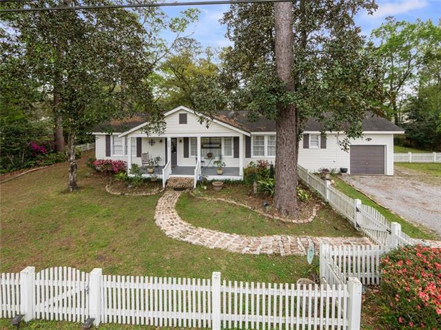 906 S. Harrison Street, Covington, LA 70433 (MLS #2194959) :: Turner Real Estate Group