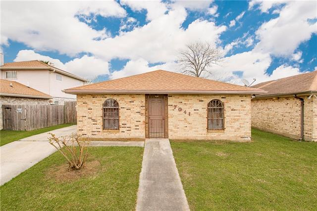 7041 Queensway Drive, New Orleans, LA 70128 (MLS #2195305) :: Inhab Real Estate