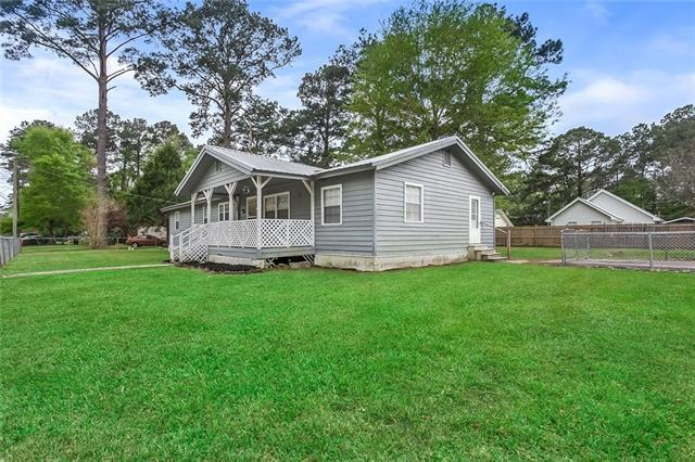 70447 D Street, Covington, LA 70433 (MLS #2195345) :: Turner Real Estate Group