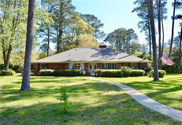 108 Golfview Lane, Covington, LA 70433 (MLS #2195484) :: Parkway Realty