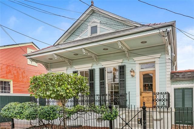 3126 Dauphine Street, New Orleans, LA 70117 (MLS #2195506) :: Crescent City Living LLC