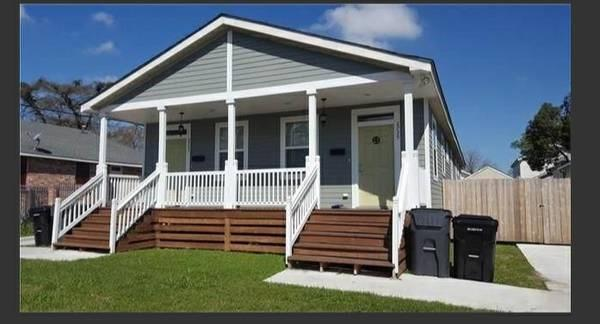 2733 Gladiolus Street, New Orleans, LA 70122 (MLS #2195544) :: Crescent City Living LLC