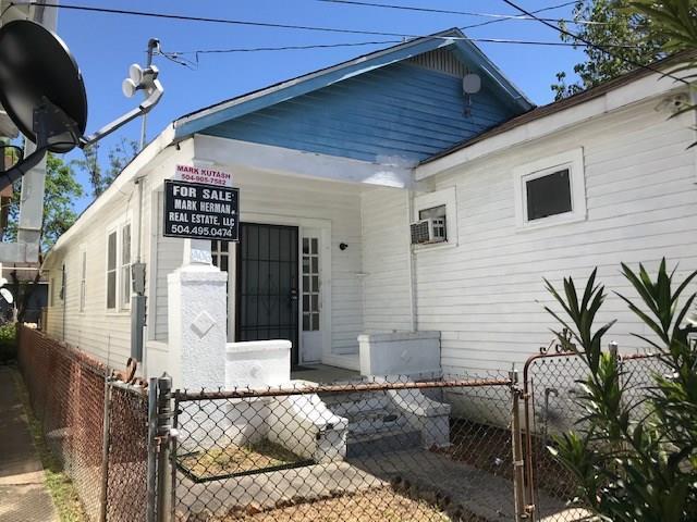 1406 Teche Street, New Orleans, LA 70114 (MLS #2195692) :: Crescent City Living LLC