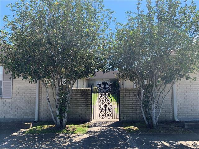 2319 Lyndell Drive, Chalmette, LA 70043 (MLS #2195716) :: Amanda Miller Realty