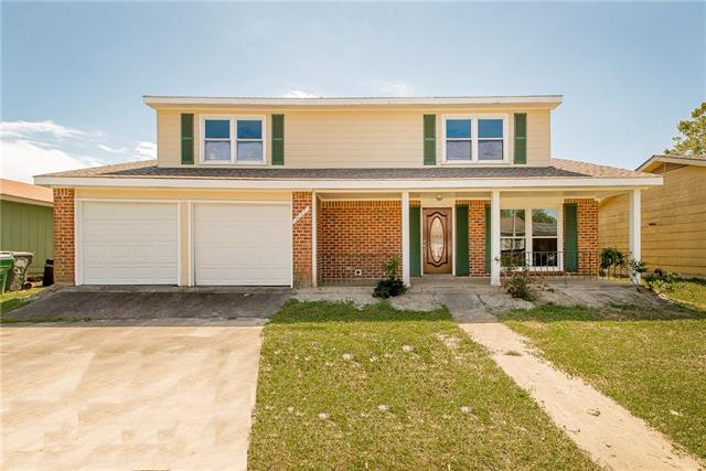 3837 Sue Ker Drive, Harvey, LA 70058 (MLS #2195774) :: Crescent City Living LLC