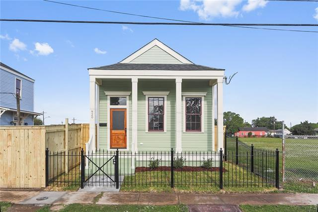 920 Reynes Street, New Orleans, LA 70117 (MLS #2195853) :: Crescent City Living LLC
