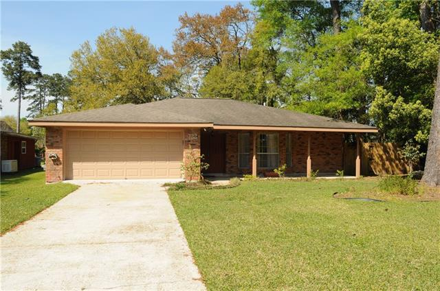122 Robinhood Drive, Covington, LA 70433 (MLS #2195906) :: The Sibley Group