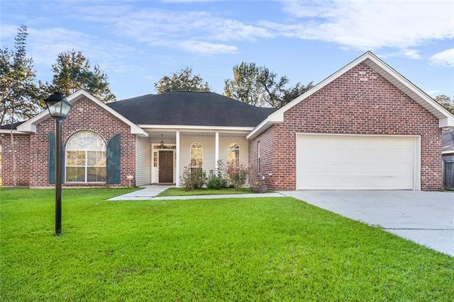 2166 2ND Street, Mandeville, LA 70471 (MLS #2195982) :: Turner Real Estate Group