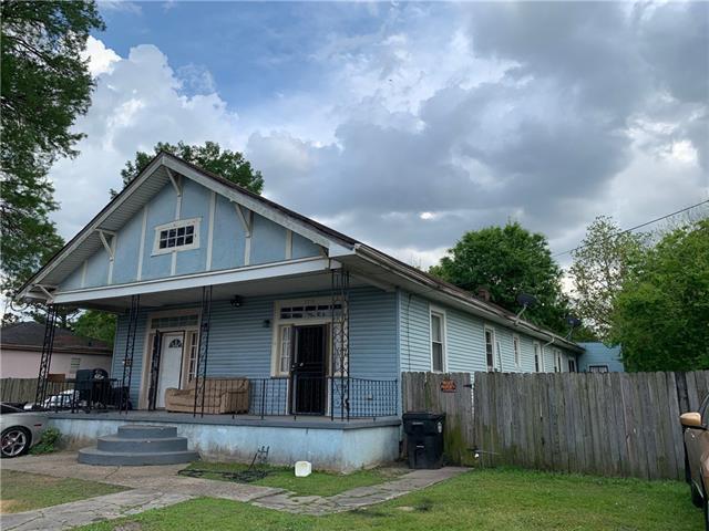 2716 Gladiolus Street, New Orleans, LA 70122 (MLS #2196131) :: The Sibley Group