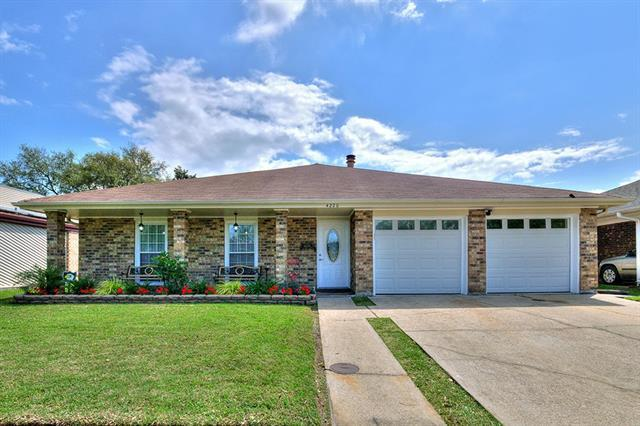 4220 Loire Drive, Kenner, LA 70065 (MLS #2196170) :: Inhab Real Estate