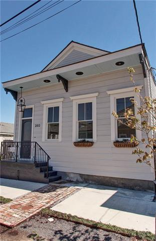 2013 Foucher Street, New Orleans, LA 70115 (MLS #2196229) :: Parkway Realty