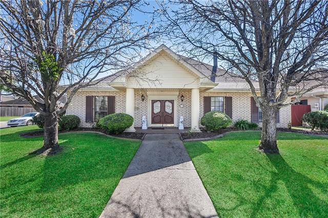 139 W Imperial Drive, Harahan, LA 70123 (MLS #2196246) :: Crescent City Living LLC