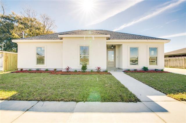 2621 Rosetta Drive, Chalmette, LA 70043 (MLS #2196501) :: Watermark Realty LLC