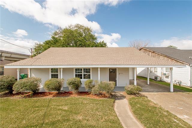 1140 Evergreen Drive, Gretna, LA 70053 (MLS #2196557) :: The Sibley Group