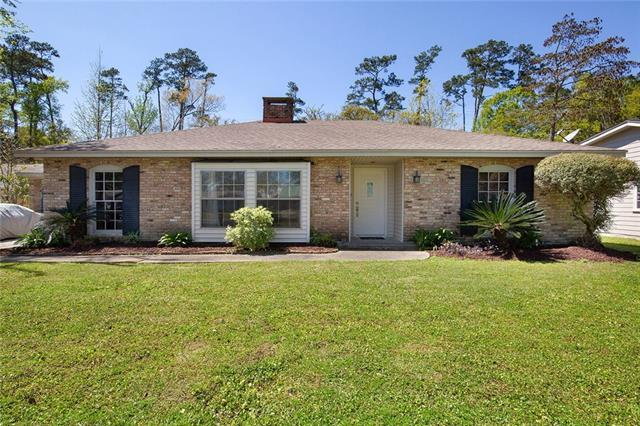 156 Shannon Drive, Mandeville, LA 70448 (MLS #2196594) :: Inhab Real Estate